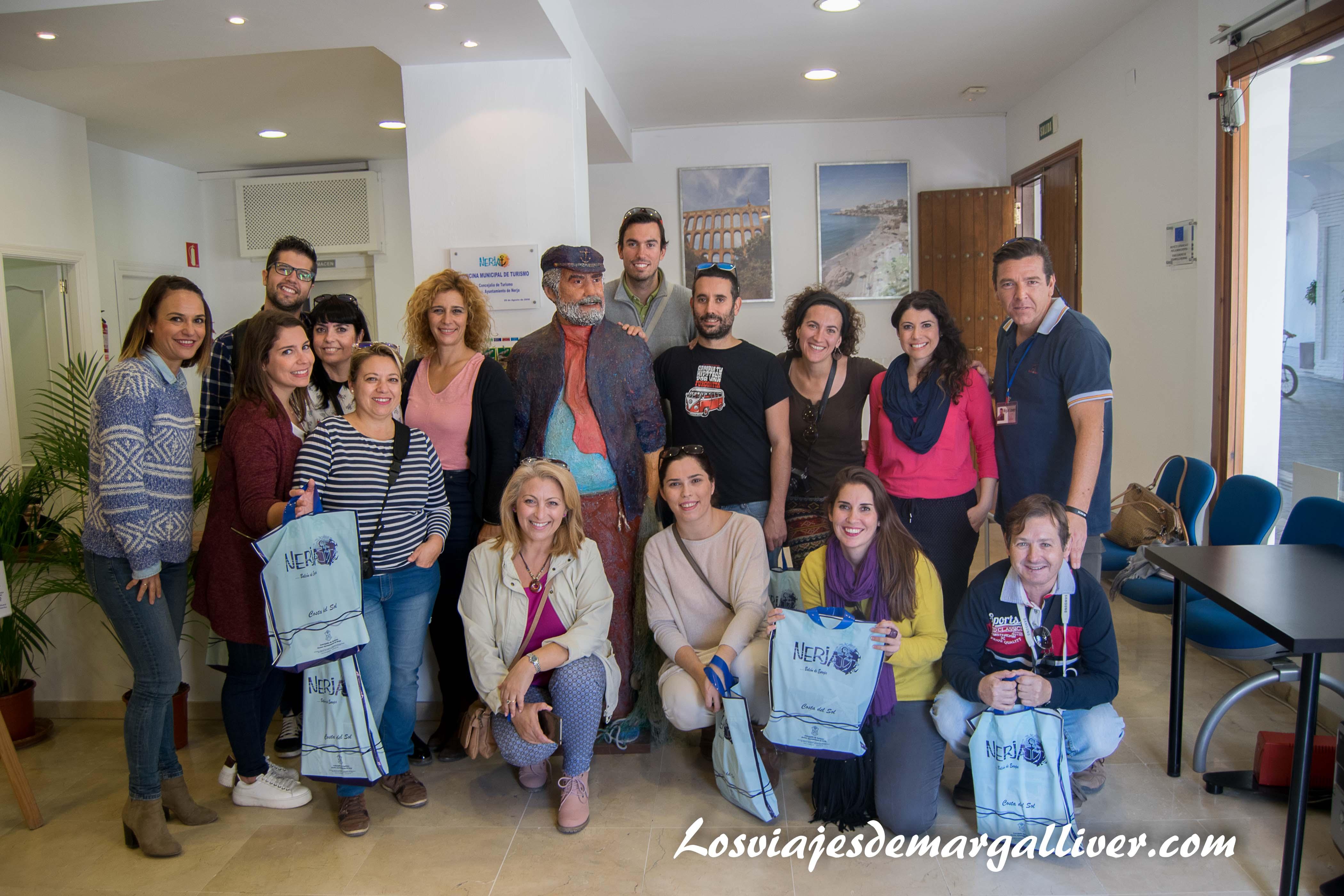 AndaluciaTB en la oficina de Turismo con la alcaldesa de Nerja - Los viajes de Margalliver